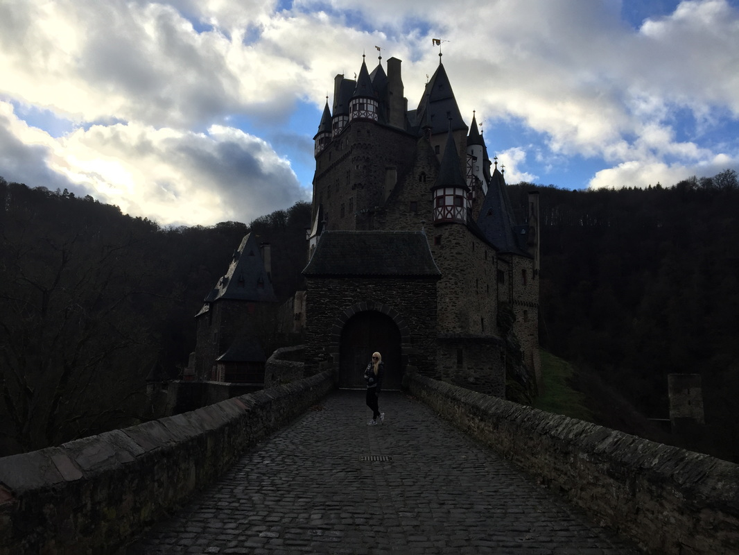 burg eltz, germany, castle, expat, guide